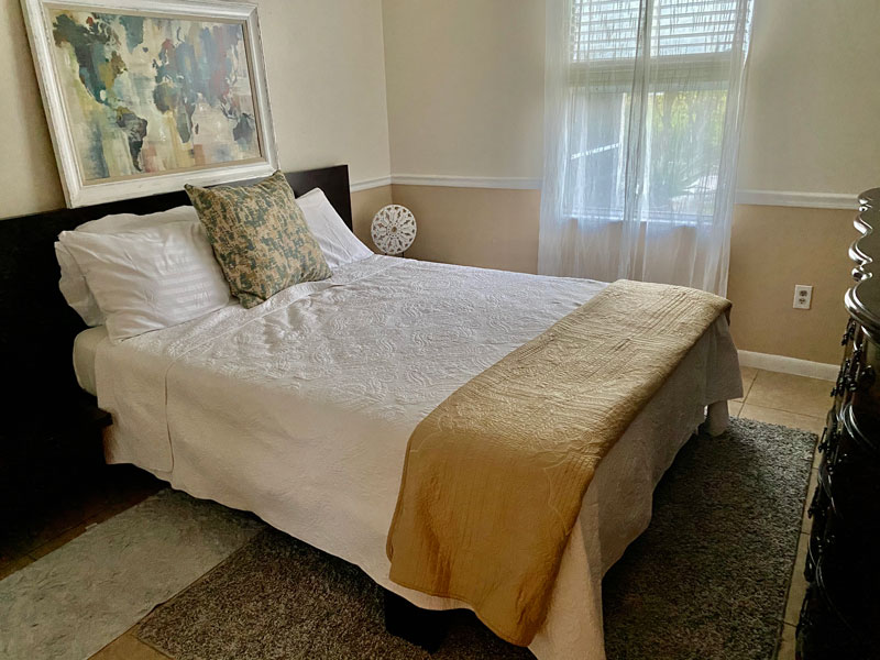 Room for Rent for a Single Person in Lake Worth