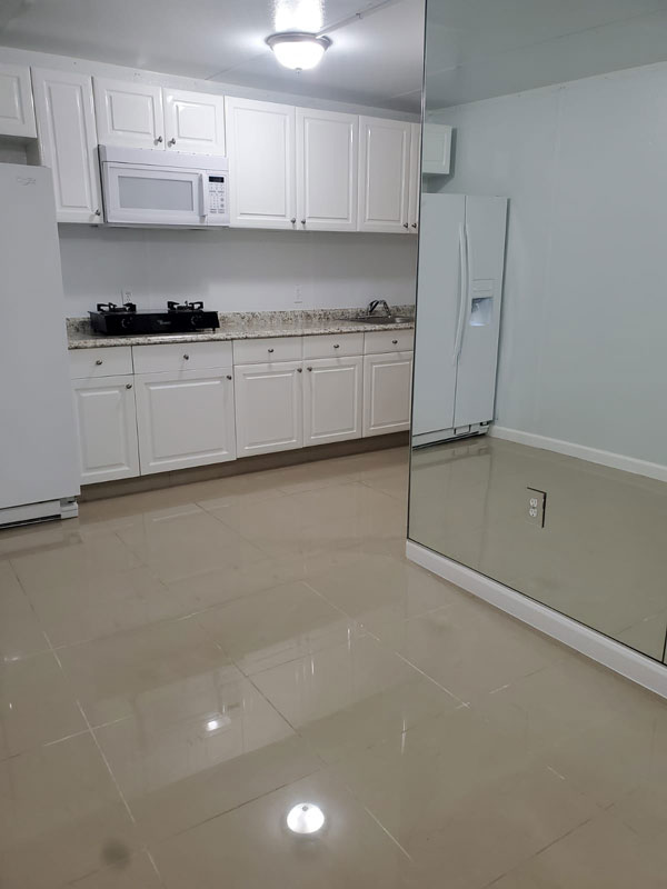 Apartment for Rent $ 1,000 monthly in Palm Beach