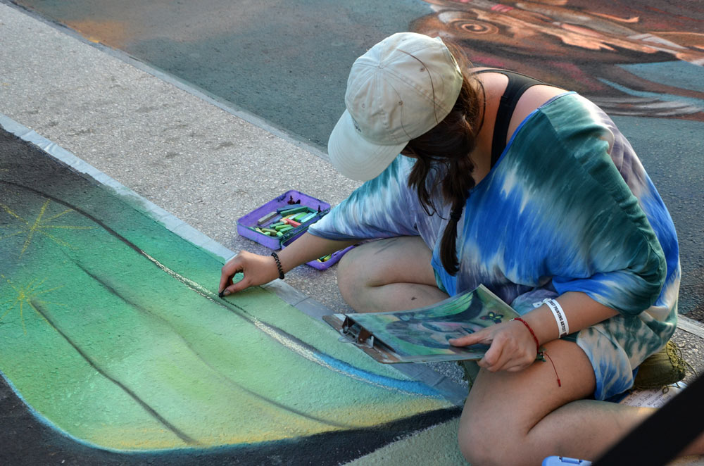 Donna Coleman Thompson and Motiv-arts at Lake Worth Street Painting